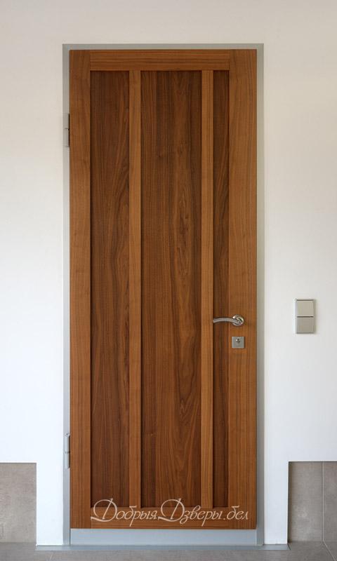Дверь металлическая. Отделка шпон орех